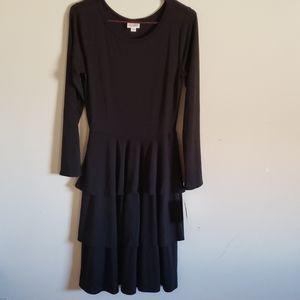 BNWT LuLaRoe Georgia Dress. Solid black! Sz Small